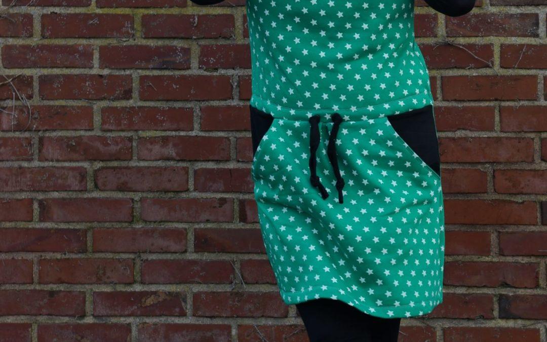 Wasserfall-Hoodie-Kleid
